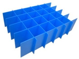 PP-Corrugated-Plastic-Box-with-Divider